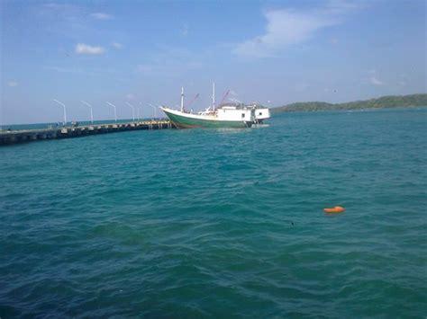 media bawean pelabuhan bawean picture of bawean island east java