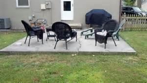 patio deck decorating floating deck over concrete slab doityourselfcom community forums