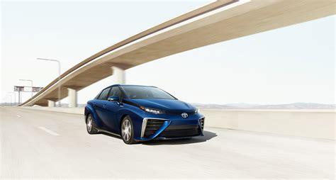 toyota carmercial hydrogen fuel cell car toyota mirai