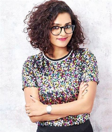 Hairstyles For Curly Hair In Kerala | 14 best kerala hairstyles worn by malayali actresses in 2017