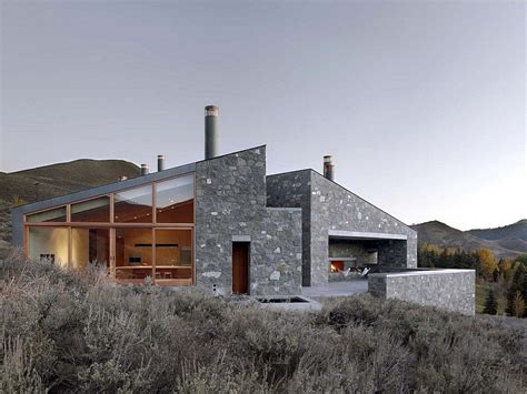 sun valley house  exposed granite  tough geometry form