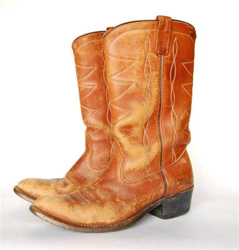womens cowboy boots size 9 vintage from
