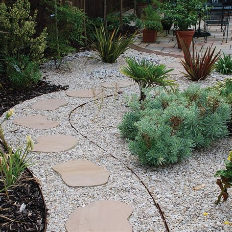 Stepping Stone Ideas For Garden ? SMITH Design : Simple Brilliant Stepping Stone Ideas