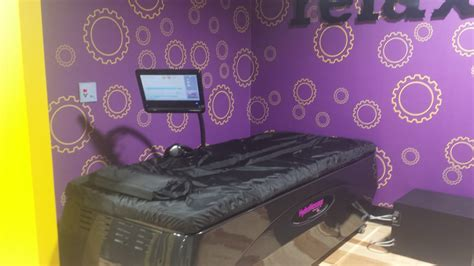 planet fitness massage bed hydromassage bed yelp