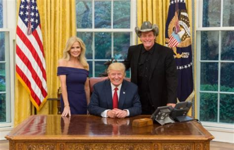 kid rock oval office ted nugent kid rock sarah palin trump have dinner at