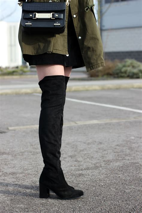 how to wear the knee boots wearing the knee boots in the day style tips