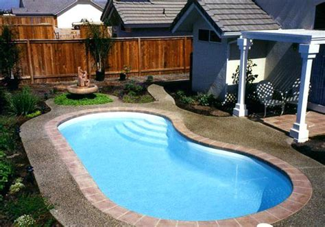 Backyard Pool Length Small Pool Dimension Bullyfreeworld