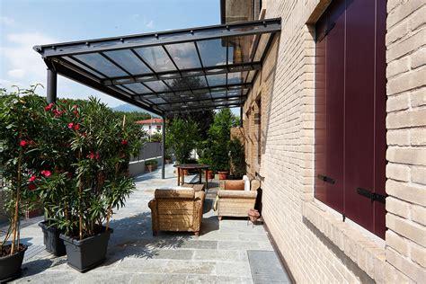 plexiglass per tettoie pensiline e tettoie su misura antipioggia e ombreggianti