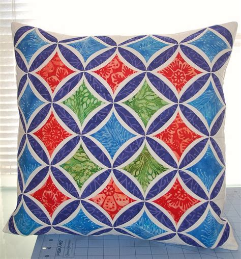 Cathedral Window Patchwork Pincushion - 52 best quilting cathedral window images on