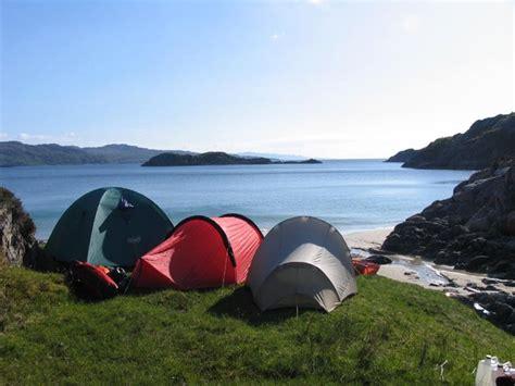 tenda da mare dove andare in tenda al mare in italia lettera43 it