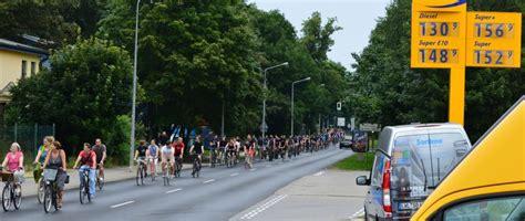 Parken Motorrad Rostock by Rostocker Zweiradthemen Im Sommer 2014 Infos Zu