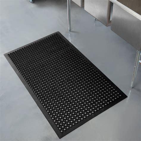 teknor apex    competitor    black anti fatigue rubber floor mat  bevel edge