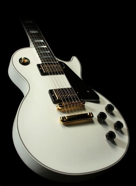 Gitar Listrik Epiphone Less Paul Sunburst nara s gibson les paul custom alpine white electric guitar that s a mouthful so she calls it