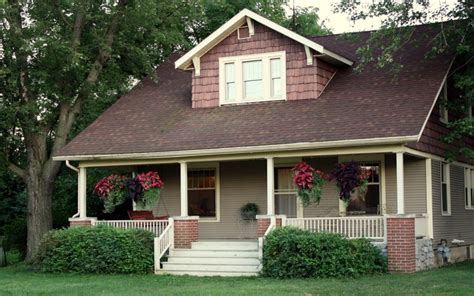 what is a cottage style home cottage style homes plans elegance resides in small spaces