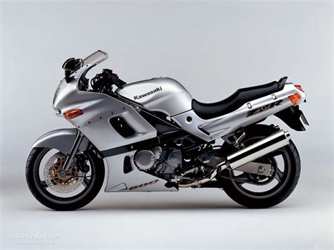 1993 kawasaki zzr600 review kawasaki zzr 600 specs 1993 1994 1995 1996 1997