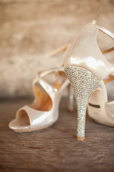 badgley mischka bridal shoes 19 most popular badgley mischka wedding shoes modwedding