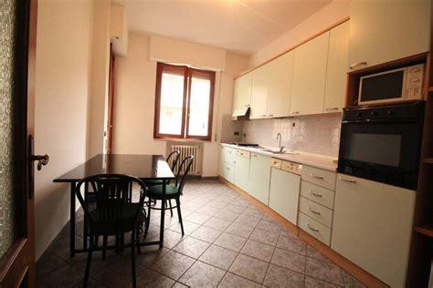 appartamento in affitto scandicci appartamenti cinque o pi 249 locali in affitto a scandicci