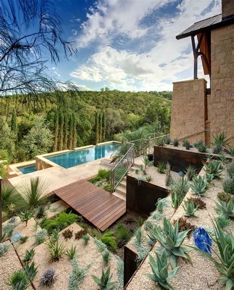 Hangterrasse Anlegen by How To Turn A Steep Backyard Into A Terraced Garden