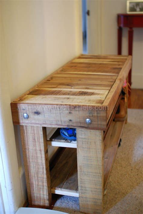 pallet shoe bench best 25 shoe rack pallet ideas on pinterest diy shoe storage diy shoe rack and