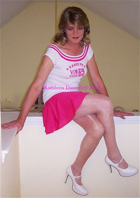 cheerleader crossdressers pinterest me and a cheerleader crossdressing images frompo