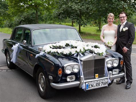 Deko Hochzeit Auto by Blumen Sanders Hochzeit Autodeko