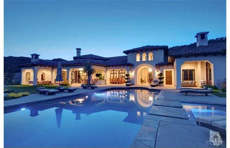 nice mansions britney spears bought russ courtnall s house prohockeytalk