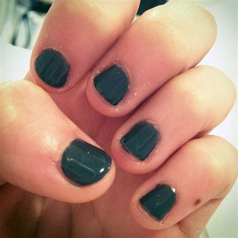 madison beer nails madison beer nails dark green