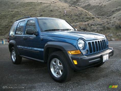 midnight blue jeep 2006 midnight blue pearl jeep liberty crd sport 4x4
