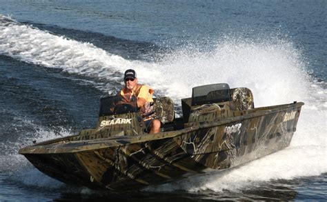 seaark boats predator research 2011 seaark boats predator 200fx on iboats