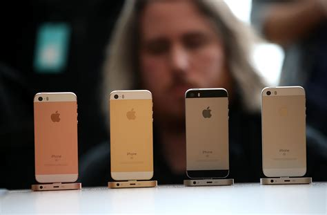 Affordable Small Homes by Iphone Se Review Apple Gently Refines Its Phone To Make