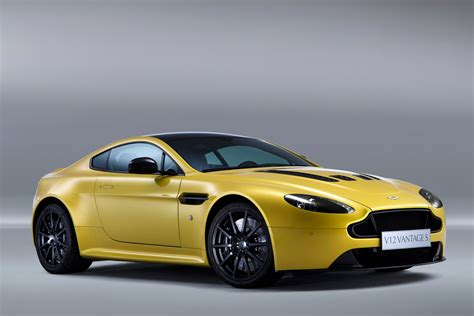 aston martin vantage v12 a beautiful collection of car logos car wallpapers hd