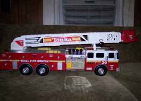 tonka fire truck toy very big and very loud toy fire truck ian s youth