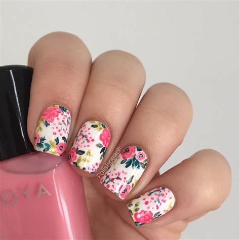 Nails Blumen by Coral And Yellow Floral Nails Floral Nails And Makeup