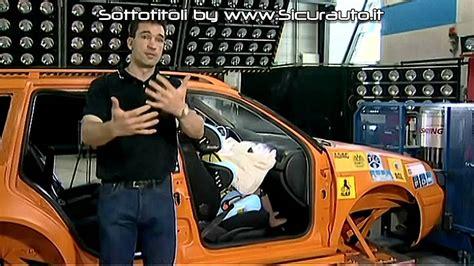 crash test seggiolini auto seggiolini auto crash test pericoli airbag anteriore