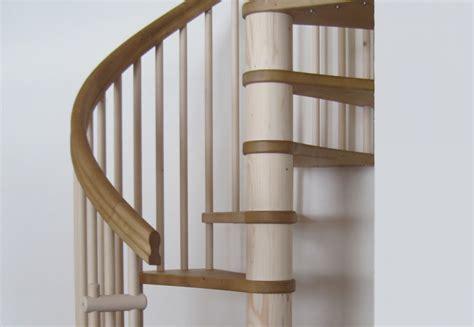 corrimano per scale a chiocciola scale a chiocciola in legno