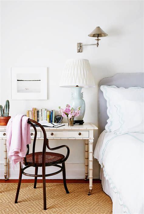 Small Bedroom Table Ls by O 249 Et Comment Am 233 Nager Un Bureau Dans Un Petit Appartement