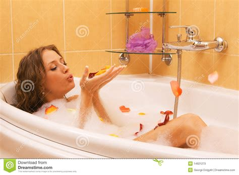 bathtub lady beautiful lady taking a bath stock photos image 14921273