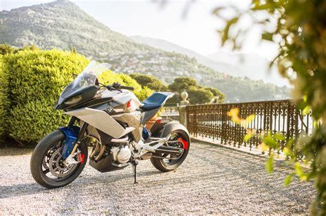 bmw debuts concept centro motorcycle  lake como  italy