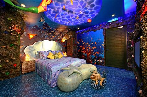 Disney Home Decor Ideas by 15 Dazzling Mermaid Themed Bedroom Designs For Rilane