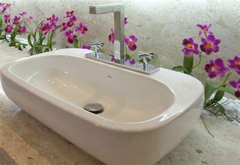confira dicas de como decorar o banheiro flores - Flores Para Decorar O Banheiro