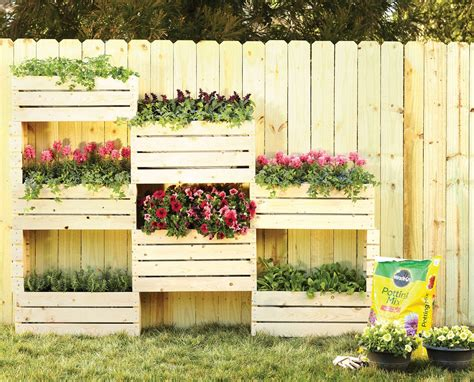 How To Build A Vertical Pallet Garden Easy Pallet Garden Box Tips For Organizing Your Landscape