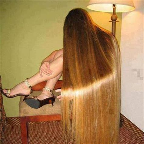 lady with longest pubic hair life style women with longest hair in the world