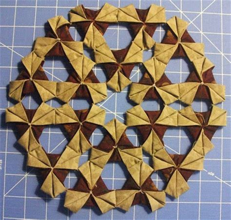 Origami Wreath Tutorial - origami wreath tutorial 3d quilt blocks and quilts