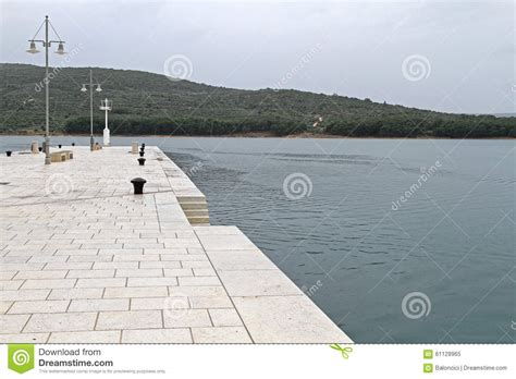 rhoa season 7 philippines straightfromthea 39 view image dock cres island stock photo image 61128965
