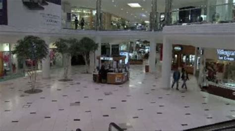 layout of 12 oaks mall novi s twelve oaks mall to hold large job fair wednesday