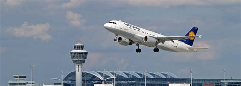 heenreis  vliegtuig vliegvelden beieren beieren