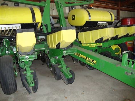 Jd Planters by Jd 1760 Planter Sold For Near Record Auction Price