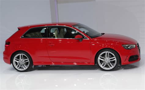 Audi A3 2013 by 2013 Audi A3 Right Side View Photo 2