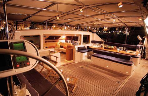 catamaran a vendre lagoon lagoon catamarans building sale and chartering of