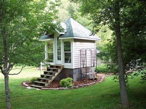 Small Homes That Look Big Beaux Mondes Designs Living Large A Look Inside The Tiny